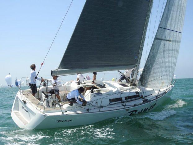 El 'Brujo' gana su quinto Catavino de Oro en la bahía de Cádiz.