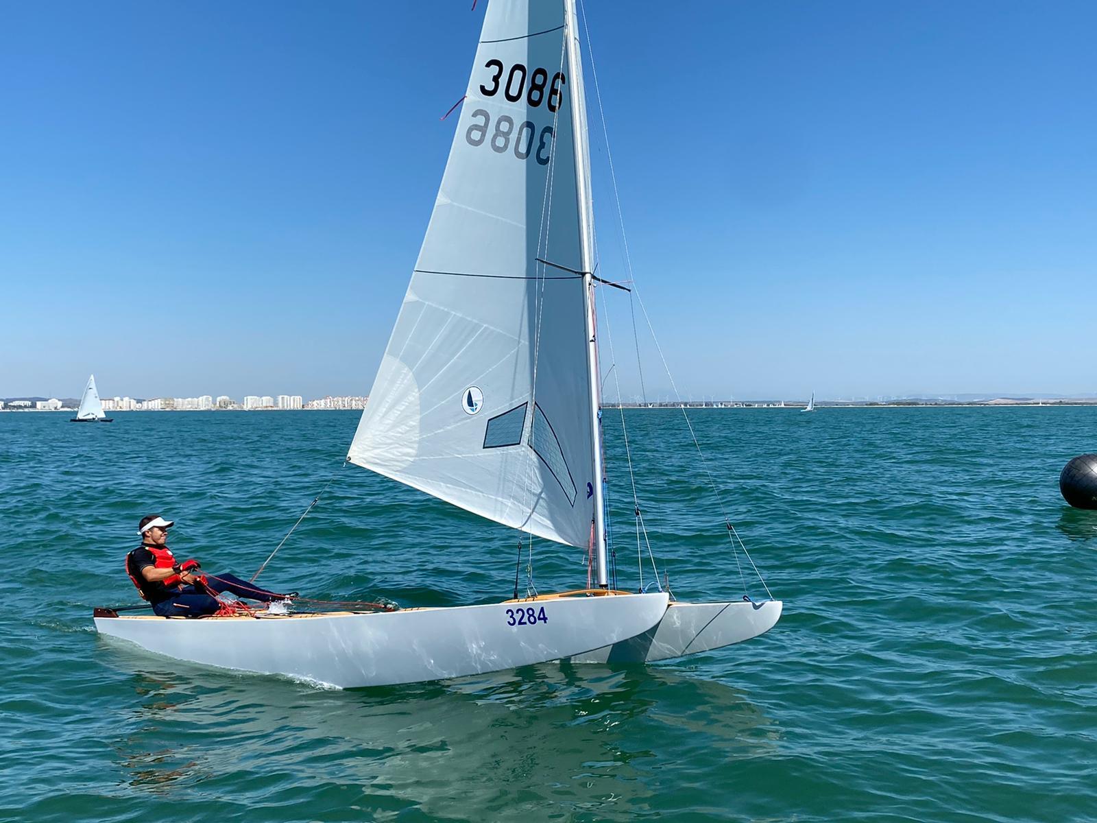 Mañana se descubren los primeros ganadores de nuestra regata tras una intensa y larga jornada en la que se han estrenado los Patines.