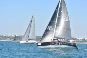 El 'DE 6 Foster Swiss' encara imbatido la recta final de nuestra regata con el primer título de la semana en su poder