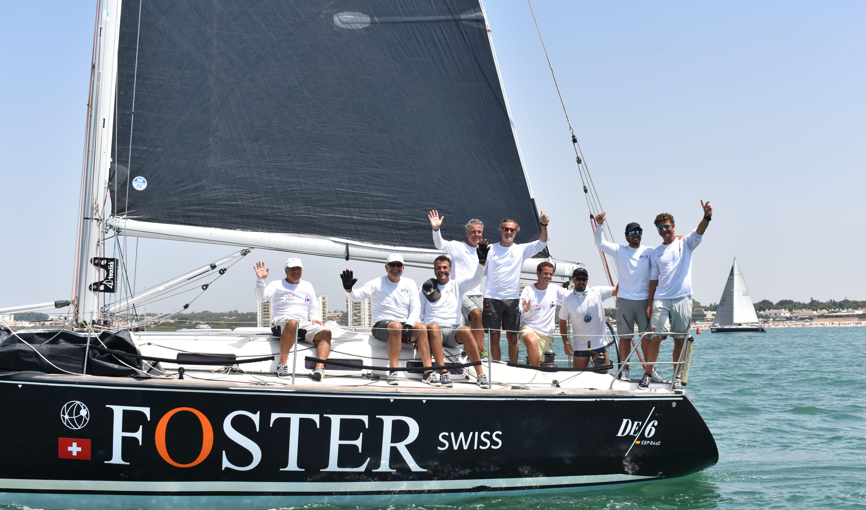Victoria muy solvente para el onubense 'DE 6 Foster Swiss' con Nacho Zalvide al mando
